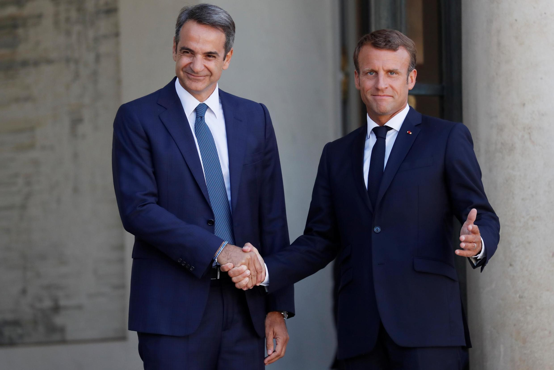 کریا گوس متسوتاکیس، نخستوزیر یونان، روز پنجشنبه ۳۱ مرداد/۲۲ اوت، در جریان سفر رسمی به فرانسه