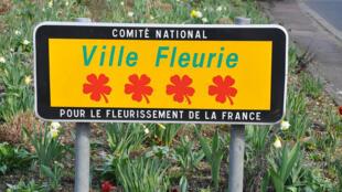 "Thành phố ""Bốn Hoa"", Le Vésinet, tỉnh Yvelines, ngoại ô Paris."