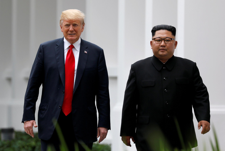 Thượng đỉnh Mỹ-Triều lần đầu tại Singapore ngày 12/06/2018. Donald Trump và Kim Jong Un sẽ gặp nhau lần hai với sự hậu thuẫn của Trung Quốc?