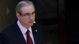 Eduardo Cunha dijo que apelará su suspensión.