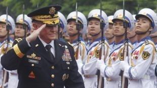 Lễ đón tiếp tướng Martin Dempsey, Tổng tham mưu trưởng liên quân Mỹ, tại Bộ Quốc phòng Việt Nam, Hà Nội, 14/08/2014