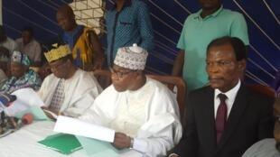 De droite à gauche: Candide Azannaï, Boni Yayi, Nicephore Soglo à Cotonou, le 29 avril 2019 (image d'illustration).