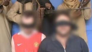 Le Royaume-Uni suspecte Ansaru du rapt en mai 2011 d'un Britannique et d'un Italien. Tous deux furent tués un an plus tard lors d'une opération de sauvetage ratée.