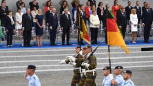 Les dix pays membres de l'IEI (France, Allemagne, Belgique, Danemark, Espagne, Estonie, Finlande, Pays-Bas, Portugal et Royaume-Uni) ont ouvert dimanche la marche lors du défilé militaire du 14-Juillet 2019, à Paris.