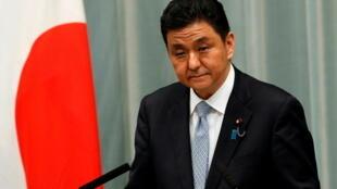 日本防卫大臣岸信夫资料图片