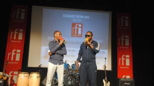 Claudy Siar et Dj Amaroula à la Halle de la Gombe à Kinshasa
