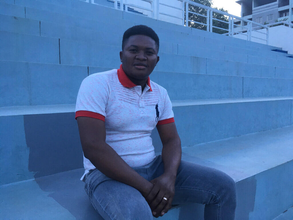 Fabrice Mfuamba a 29 ans. Après des études d'ingénieur à Kinshasa, il décroche à 23 ans une bourse pour étudier en Chine. Après un master en Sciences des Télécommunications, il doit terminer l'année prochaine son doctorat à l'université Beihang.
