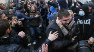Одесская милиция отпустила задержанных участников столкновений, 4 мая 2014.