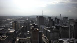Johannesburg, la plus grande ville d'Afrique du Sud, est aussi celle qui émet le plus de CO2 de tout le continent.