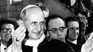 Le pape Paul VI pris en photo le 5 janvier 1964.