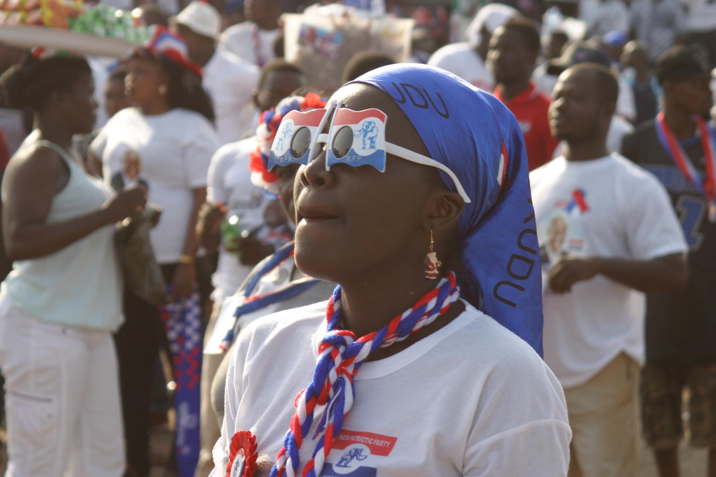 NPP supporter waits in anticipation for the arrival of Nana Akufo-Addo, Accra, 4 December 2016.