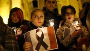 Панихида в Тбилиси по жертвам парижских терактов 14 ноября 2015