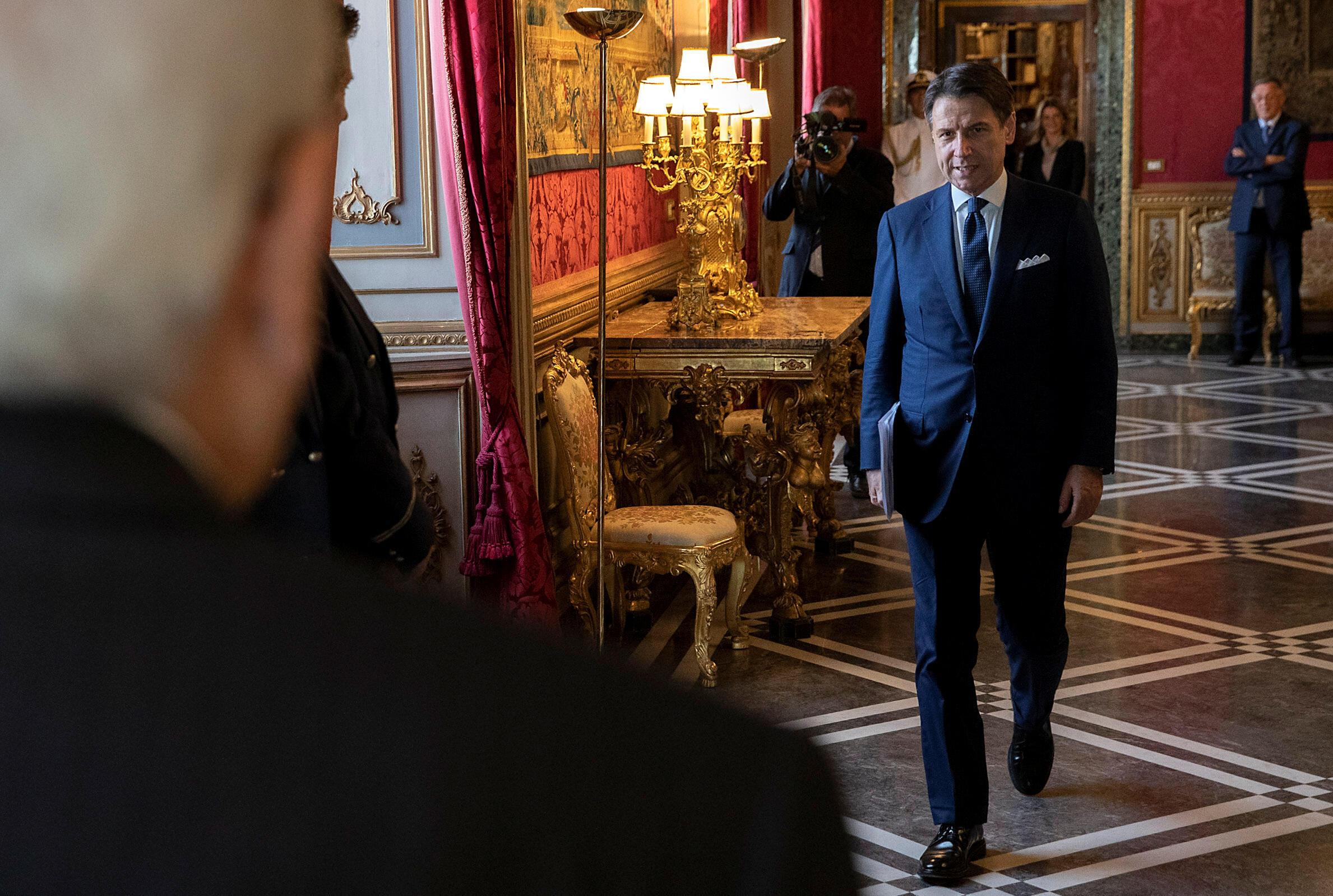 Ce mercredi, Giuseppe Conte a informé le président italien Sergio Mattarella qu'il avait formé un nouveau gouvernement,
