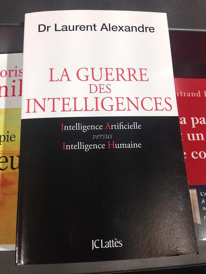 """A guerra das inteligências"" título do livro de Laurent Alexandre."