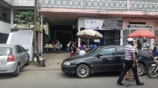 Maquis, fouou-bar ou Tangara: on s'y arrête pour manger sur le pouce ...