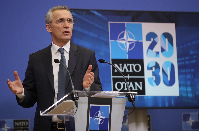 Ministros da defesa dos países da NATO debatem retirada do Afeganistão