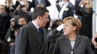 Matteo Renzi et Angela Merkel, le 17 mars 2014 à Berlin.