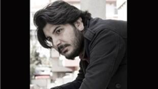 """""""بوراک اکیجی"""" یکی از سردبیران نشریه انتقادی """"بیرگون"""" از جمله بازداشتشدگان  بامداد پنجشنبه  ۱۹ مرداد/ ١٠ اوت ٢٠۱ میباشد."""