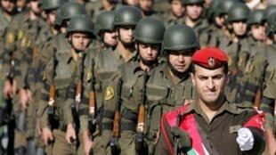 Parade des forces palestiniennes de sécurité, à Jénine, en Cisjordanie, le 19 novembre 2009.