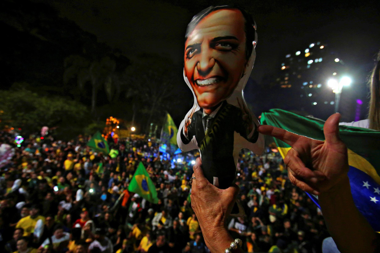 Người ủng hộ ứng viên cực hữu Brazil Jair Bolsonaro ngày 28/10/2018 tại São Paulo.