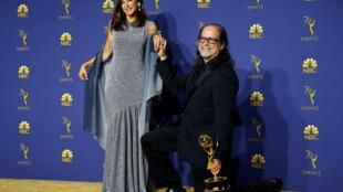 O diretor Glenn Weiss, que ganhou o prêmio de melhor direção de especial de variedades pela cobertura do Oscar 2018 na hora que foi receber o troféu pediu a namorada em casamento.