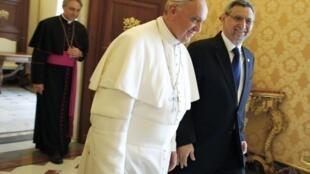 O Papa Francisco com o Presidente de Cabo Verde no Vaticano a 3 de Junho de 2013