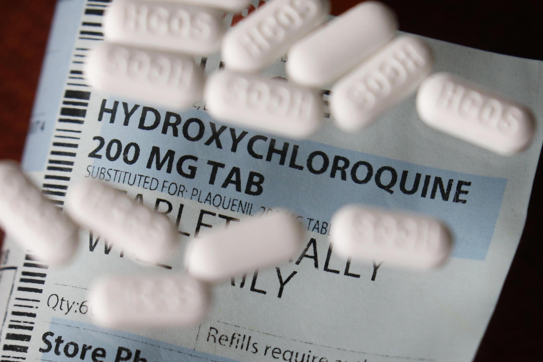A Organização Mundial da Saúde (OMS) decidiu suspender temporariamente os ensaios clínicos com hidroxicloroquina em vários países.