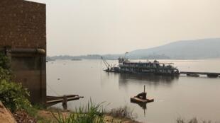 L'opération désensablement a commencé sur le fleuve Oubangui.