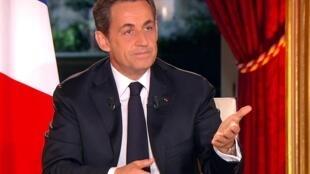 Tổng thống Pháp Nicolas Sarkozy trả lời phỏng vấn trên truyền hình, 29/01/2012