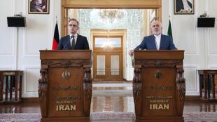 وزرای امور خارجۀ آلمان و ایران در یک کنفرانس خبری مشترک در تهران