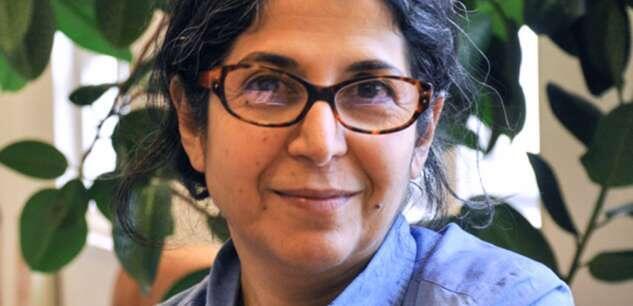 Друзья Фарибы Адельхи убеждены: власти Ирана фактически взяли ее в заложники