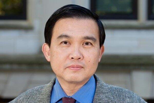 美國阿肯色大學教授洪思忠資料圖片