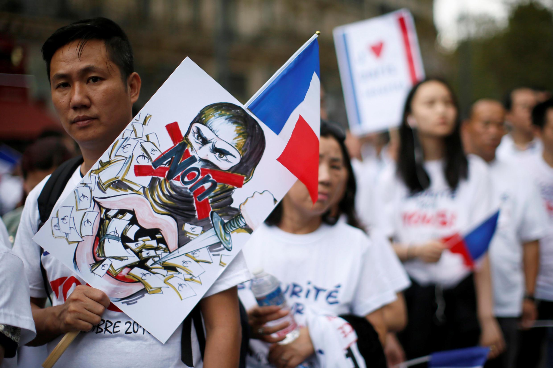 Акция представителей китайской коммьюнити за безопасность и против расизма, Париж, 4 сентября 2016 г.