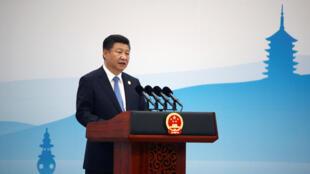 Nhiều người nghi ngờ dụng tâm thật sự của chiến dịch chống tham nhũng. Trong ảnh, chủ tịch Trung Quốc Tập Cận Bình đọc diễn văn bế mạc thượng đỉnh G20 Hàng Châu, Chiết Giang, ngày 05/09/2016.