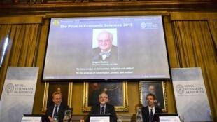 Imagen del economista Angus Deaton durante el anuncio del premio en Estocolmo, el 12 de octubre de 2015.