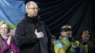 乌克兰临时总理亚采纽克2014年2月26日