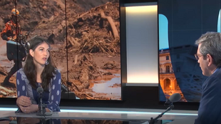 Juliette Renaud responsable de Campaña – Regulación de las Multinacionales de la Asociación Amigos de la Tierra Francia, invitada de Escala en Paris para hablar de los mecanismos en discusión en Europa para evitar que las empresas multinacionales violen impunemente los derechos humanos.