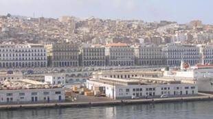 Le front de mer d'Alger.