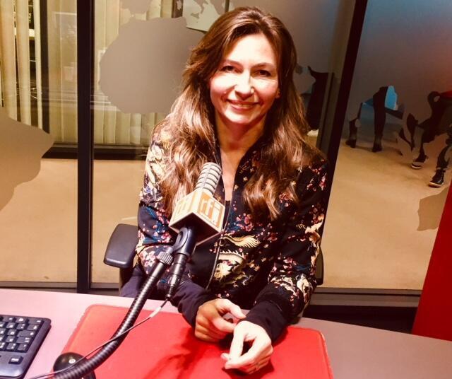 La romancière polonaise Grazyna Plebanek en studio à RFI (janvier 2019).