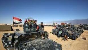 Tropas iraquianas avançam para Mossul