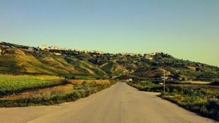 La colline de Niscemi, au sud de la Sicile.