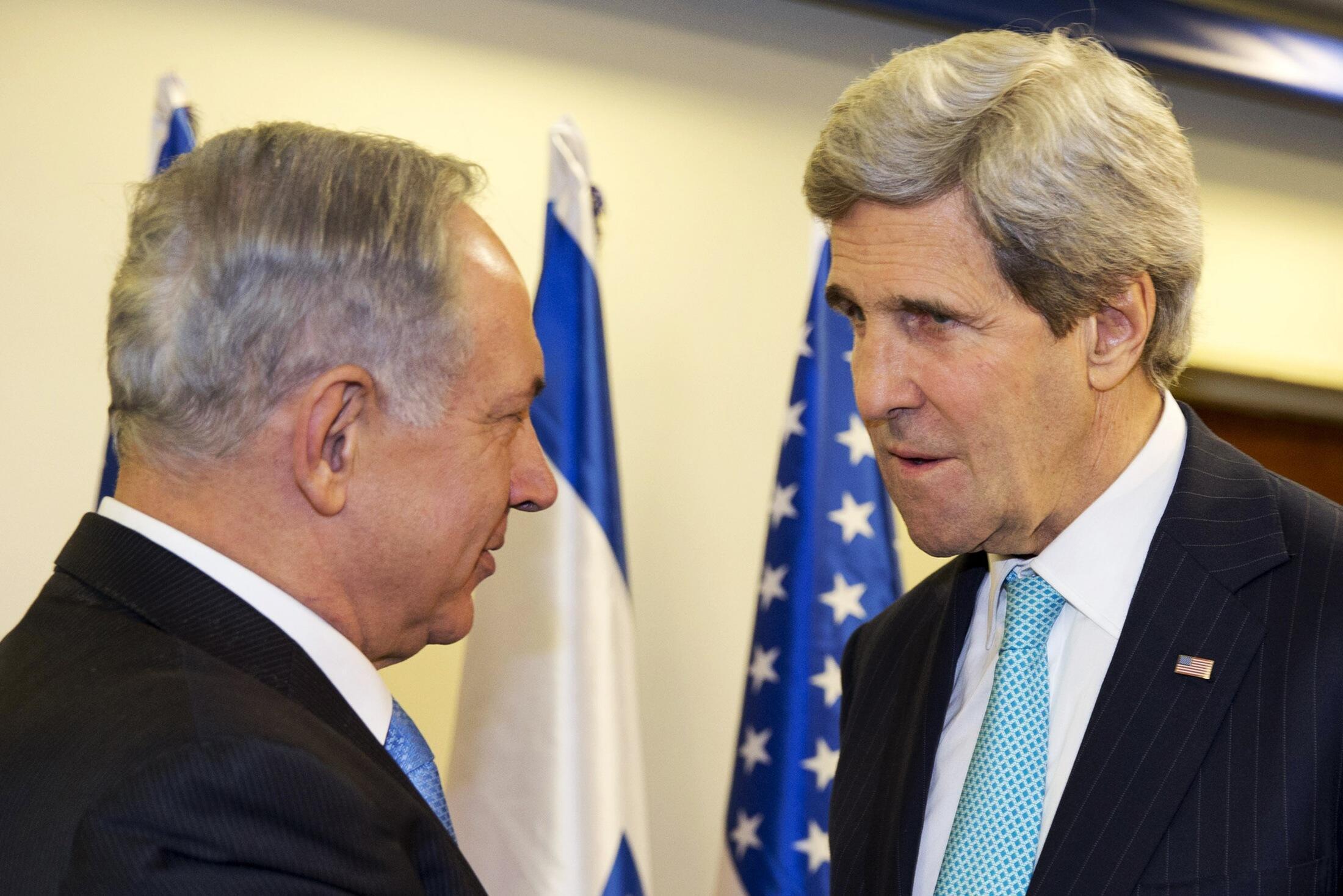 Le Premier ministre israélien Benyamin Netanyahu a rencontré le secrétaire d'Etat américain John Kerry à Jérusalem, le 31 mars 2014.