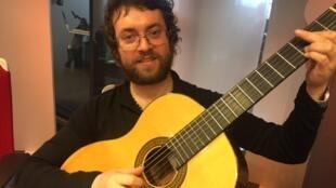 O músico brasileiro Mario Bakuna.