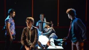 """""""Fragmentos de un país lejano"""", pieza teatral basada en la obra de Jean-Luc Lagarce."""