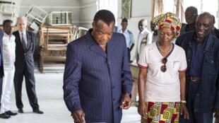 Denis Sassou Nguesso, le président du Congo, a voté à Brazzaville, au premier tour de l'élection présidentielle, ce dimanche 20 mars 2016.