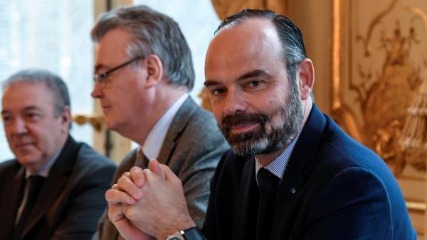 Le Premier ministre Édouard Philippe à Matignon lors d'une rencontre avec les syndicats sur la réforme des retraites le 26 novembre 2019.