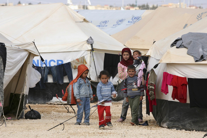 Des enfants syriens dans le camp de réfugiés Al Zaatri, à Mafraq, en Jordanie, le 6 mars 2013.