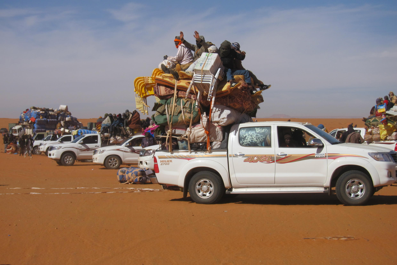 Transports de marchandises sur la transaharienne, zone de passage des migrants. Poste de Madama dans l'extrême Nord du Niger.