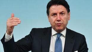 Giuseppe Conte ,