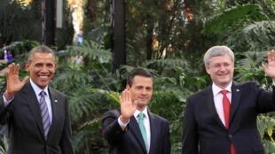 Barack Obama, Enrique Peña Nieto et Stephen Harper réunis à Toluca, à côté de Mexico, le 19 février 2014.